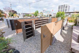 門扉・フェンス各種<br /> さまざまな住宅様式にフィットするベーシックな形材門扉・フェンス。住まいのイメージに合わせた商品を取り揃えています。
