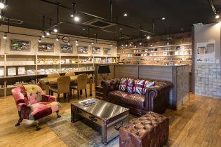 ファニチャーコーナー ASPLUNDから選りすぐりの家具を展示しています。